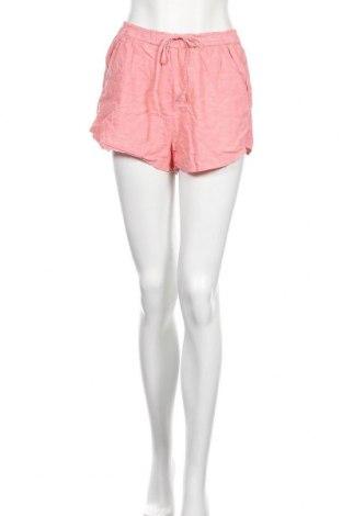Дамски къс панталон Abercrombie & Fitch, Размер M, Цвят Розов, 77% памук, 23% лен, Цена 37,80лв.