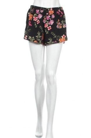 Дамски къс панталон Active Basic USA, Размер L, Цвят Черен, 100% полиестер, Цена 17,96лв.