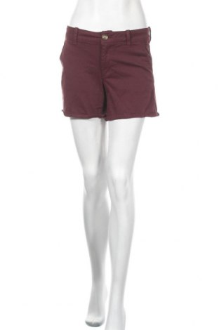 Дамски къс панталон American Eagle, Размер L, Цвят Червен, 56% памук, 31% модал, 10% полиестер, 3% еластан, Цена 14,28лв.