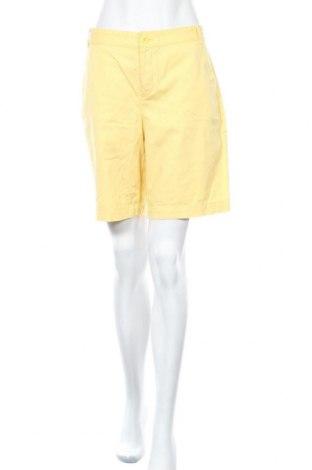 Дамски къс панталон American Living, Размер L, Цвят Жълт, Памук, Цена 12,60лв.
