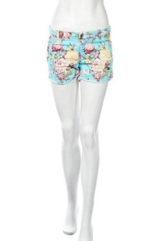 Дамски къс панталон Ann Christine, Размер S, Цвят Многоцветен, Цена 11,03лв.