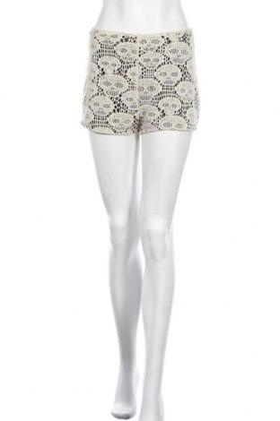 Дамски къс панталон Audrey 3+1, Размер M, Цвят Бежов, Полиестер, Цена 4,73лв.