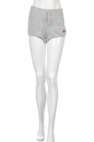 Дамски къс панталон Colours Of The World, Размер L, Цвят Сив, 60% памук, 40% полиестер, Цена 12,29лв.