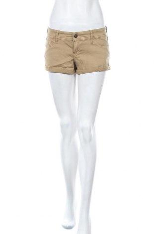 Γυναικείο κοντό παντελόνι Hollister, Μέγεθος M, Χρώμα  Μπέζ, 98% βαμβάκι, 2% ελαστάνη, Τιμή 4,42€