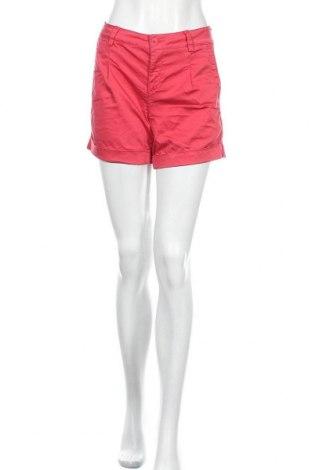 Дамски къс панталон Liu Jo, Размер L, Цвят Розов, 96% памук, 4% еластан, Цена 37,49лв.
