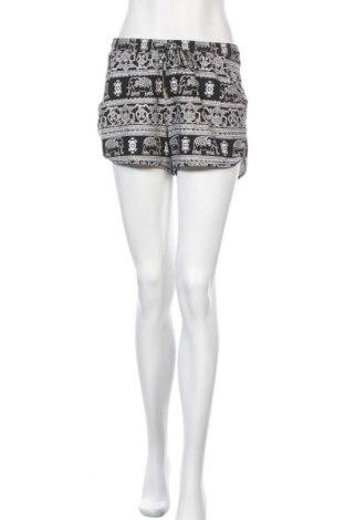 Дамски къс панталон Mudd, Размер M, Цвят Черен, 92% полиестер, 8% еластан, Цена 5,36лв.