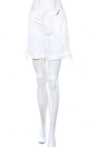 Дамски къс панталон Nine West, Размер L, Цвят Бял, 98% памук, 2% еластан, Цена 68,25лв.