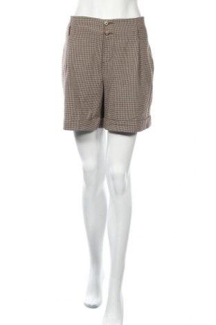 Дамски къс панталон Opus, Размер L, Цвят Кафяв, 64% полиестер, 31% вискоза, 5% еластан, Цена 17,96лв.