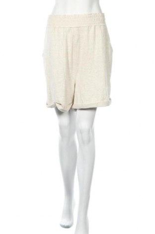 Дамски къс панталон Venus, Размер XXL, Цвят Бежов, 62% вискоза, 34% полиестер, 4% еластан, Цена 13,65лв.