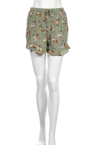 Дамски къс панталон Xhilaration, Размер S, Цвят Зелен, Вискоза, Цена 12,71лв.