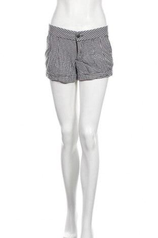 Дамски къс панталон Xhilaration, Размер M, Цвят Черен, 97% памук, 3% еластан, Цена 6,04лв.