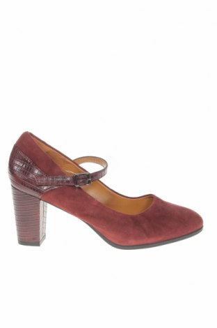 Дамски обувки Clarks, Размер 40, Цвят Кафяв, Естествен велур, естествена кожа, Цена 58,50лв.