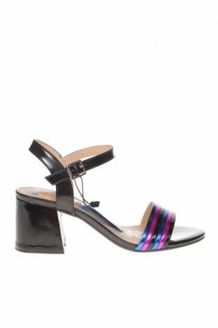 Дамски обувки Mtng, Размер 36, Цвят Черен, Еко кожа, Цена 40,50лв.