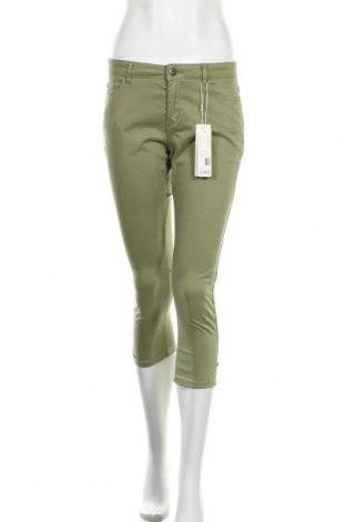 Дамски панталон Esprit, Размер S, Цвят Зелен, 96% памук, 4% еластан, Цена 51,75лв.