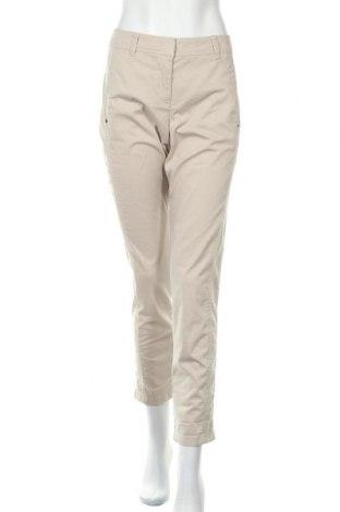 Дамски панталон Marc Cain Sports, Размер L, Цвят Бежов, 98% памук, 2% еластан, Цена 69,00лв.
