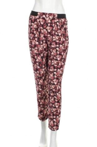 Дамски панталон Xhilaration, Размер S, Цвят Многоцветен, 92% полиестер, 8% еластан, Цена 10,08лв.