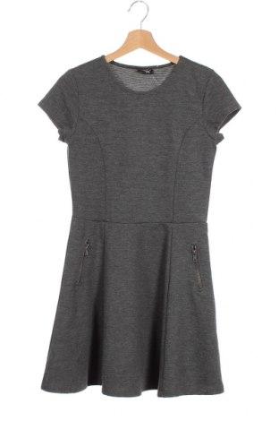 Παιδικό φόρεμα Page One, Μέγεθος 15-18y/ 170-176 εκ., Χρώμα Γκρί, 70% πολυεστέρας, 29% βισκόζη, 1% ελαστάνη, Τιμή 5,00€