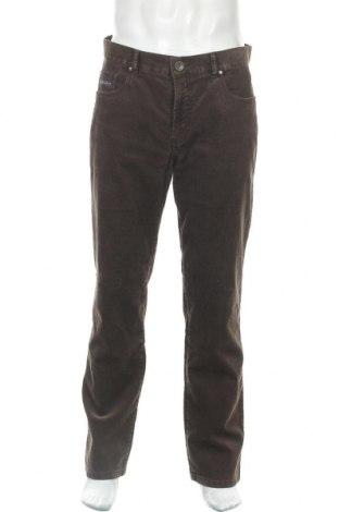 Мъжки джинси Bugatti, Размер L, Цвят Кафяв, 98% памук, 2% еластан, Цена 24,00лв.