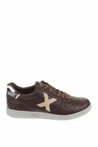 Мъжки обувки Munich, Размер 41, Цвят Кафяв, Естествена кожа, Цена 86,42лв.