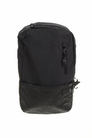 Раница за лаптоп Incase, Цвят Черен, Текстил, Цена 28,98лв.