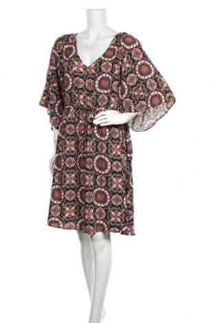 Рокля Torrid, Размер XL, Цвят Многоцветен, Вискоза, Цена 25,94лв.