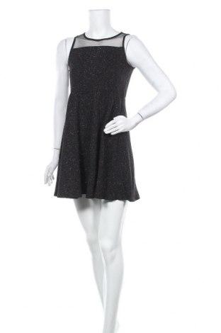 Рокля Total Girl, Размер M, Цвят Черен, Цена 10,29лв.