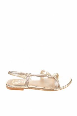 Сандали W.S Shoes, Размер 38, Цвят Златист, Естествена кожа, Цена 66,75лв.
