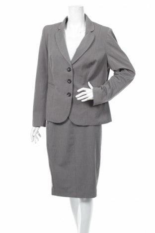 Costum de femei Debenhams