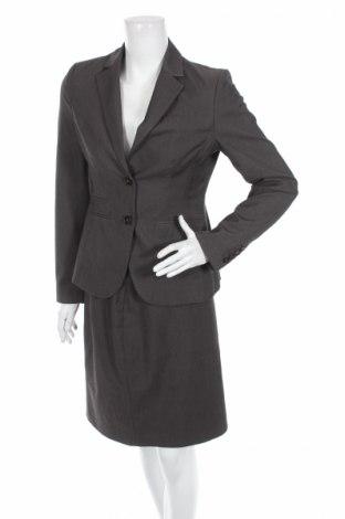 Γυναικείο κοστούμι More & More