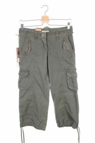 Pantaloni de femei A&d