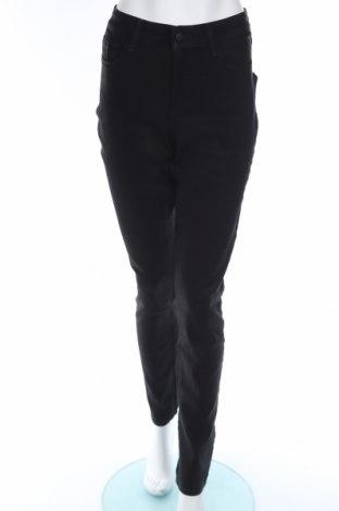 Дамски дънки Nydj, Размер M, Цвят Черен, 72% памук, 25% полиестер, 3% еластан, Цена 17,36лв.