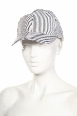 Шапка New Look, Цвят Бял, Памук, Цена 18,72лв.