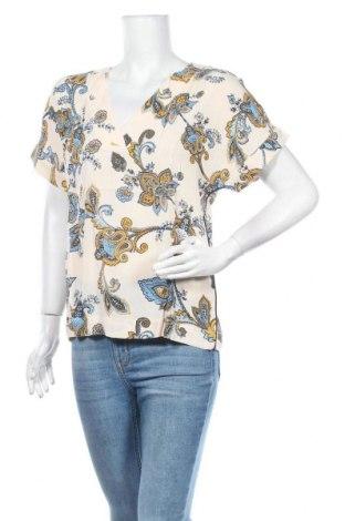 Дамска блуза Free Quent, Размер XS, Цвят Екрю, Вискоза, Цена 17,70лв.