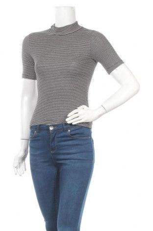Дамска блуза H&M Divided, Размер XS, Цвят Черен, 69% памук, 26% полиестер, 5% еластан, Цена 7,56лв.