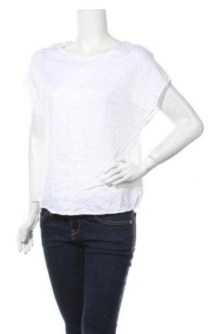Дамска блуза Primark, Размер M, Цвят Бял, Вискоза, Цена 27,93лв.