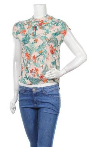 Дамска блуза Soaked In Luxury, Размер S, Цвят Многоцветен, Вискоза, Цена 17,85лв.