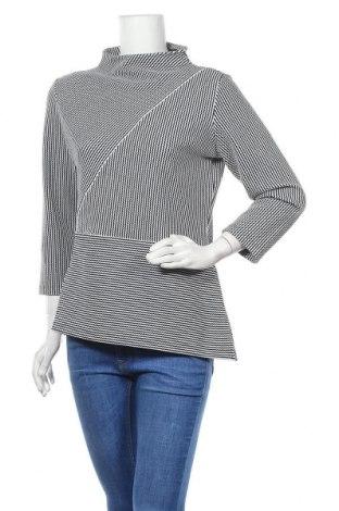 Дамска блуза Someday., Размер M, Цвят Син, 57% полиестер, 25% памук, 12% вискоза, 6% еластан, Цена 59,25лв.