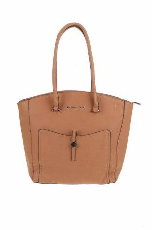 Дамска чанта Adrienne Vittadini, Цвят Кафяв, Еко кожа, Цена 64,26лв.