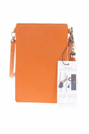 Дамска чанта Betty Basics, Цвят Кафяв, Еко кожа, Цена 33,92лв.