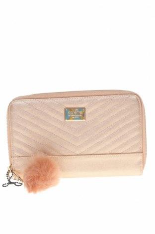 Дамска чанта Colette By Colette Hayman, Цвят Бежов, Еко кожа, Цена 22,05лв.