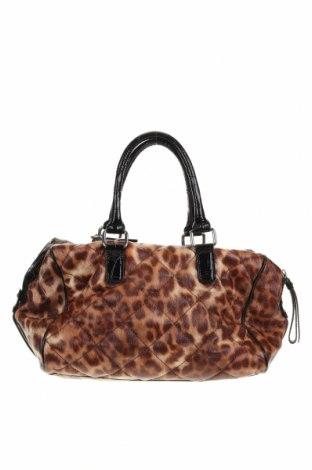 Дамска чанта Guess, Цвят Кафяв, Еко кожа, Цена 51,75лв.