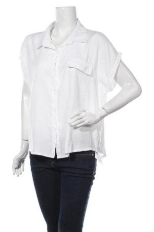 Дамска риза SHEIN, Размер XL, Цвят Бял, 65% памук, 35% полиестер, Цена 15,75лв.