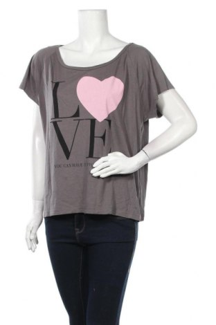 Дамска тениска April Evil, Размер XL, Цвят Сив, 50% памук, 50% модал, Цена 14,28лв.