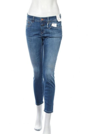 Дамски дънки Closed, Размер M, Цвят Син, 92% памук, 6% други тъкани, 2% еластан, Цена 76,97лв.