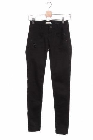 Дамски дънки Freeman T. Porter, Размер XS, Цвят Син, 62% памук, 17% модал, 17% полиестер, 4% еластан, Цена 68,02лв.