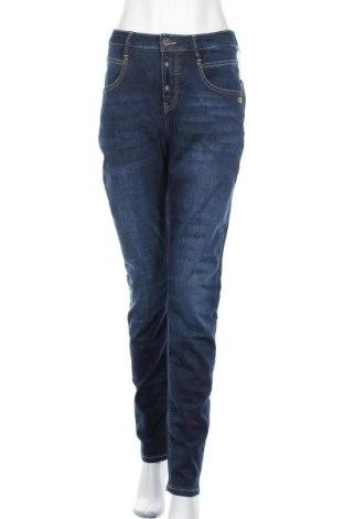Дамски дънки Gang, Размер XL, Цвят Син, 90% памук, 8% полиестер, 2% еластан, Цена 84,27лв.