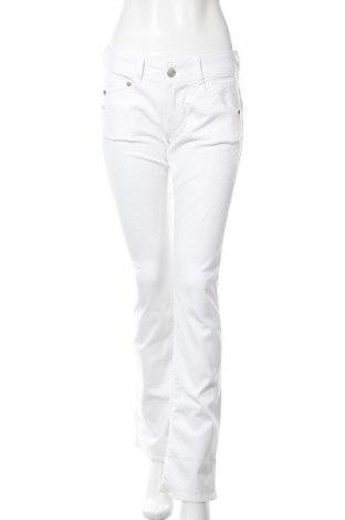 Дамски дънки Herrlicher, Размер L, Цвят Бял, 92% памук, 5% полиестер, 3% еластан, Цена 83,85лв.