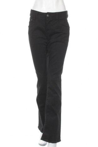 Дамски дънки Herrlicher, Размер L, Цвят Черен, 98% памук, 2% еластан, Цена 90,35лв.