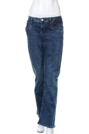 Дамски дънки Ltb, Размер L, Цвят Син, 98% памук, 2% еластан, Цена 66,75лв.