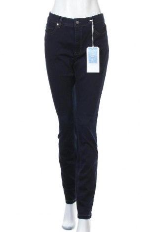 Дамски дънки Mac, Размер XL, Цвят Син, 65% памук, 31% полиестер, 4% еластан, Цена 76,30лв.